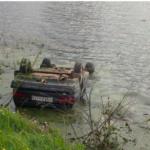 В Тужинском районе женщина улетела на машине в реку и погибла